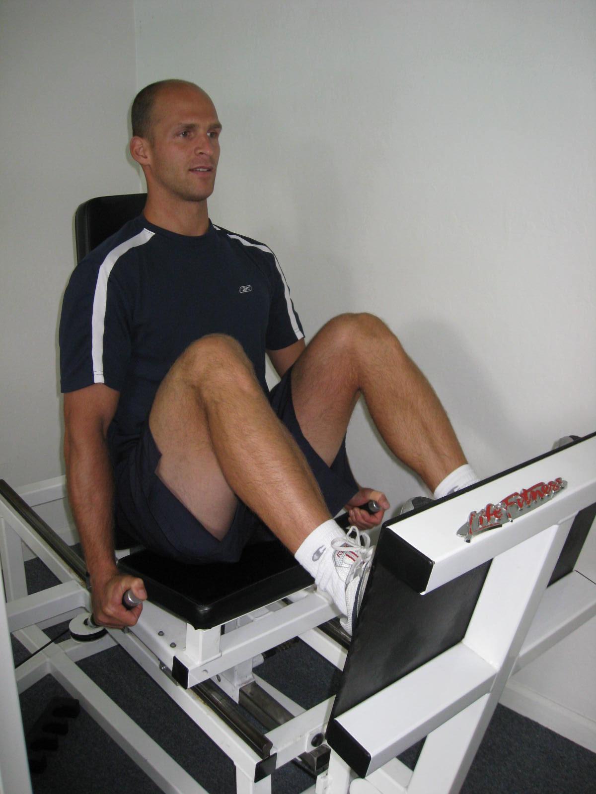 all body resistance workout - leg press