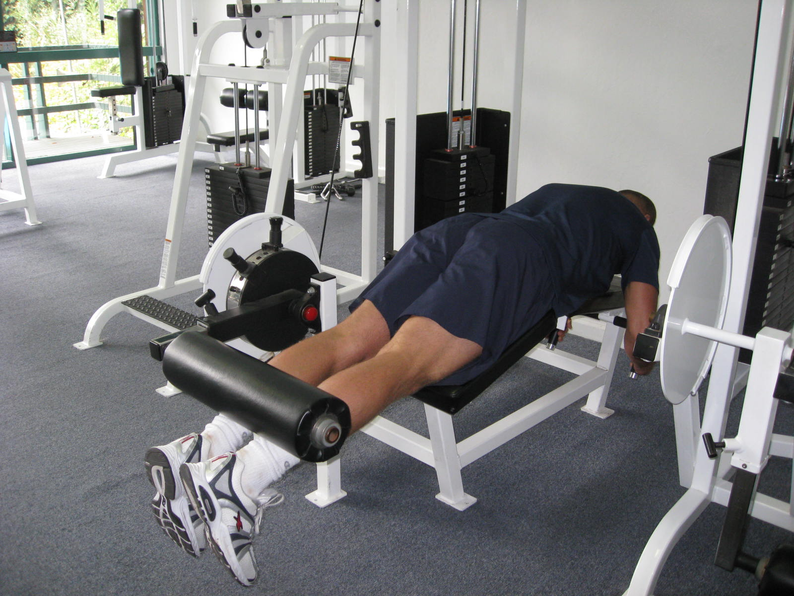 all body resistance workout - hamstring curl