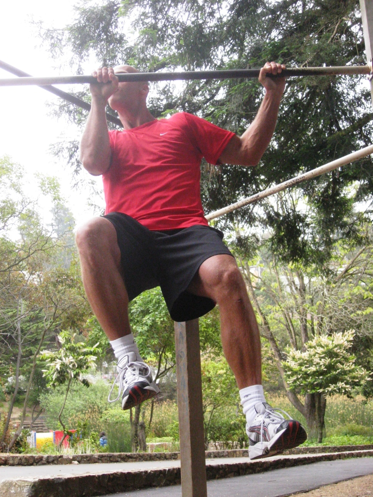 Chin ups workout - upper side moves